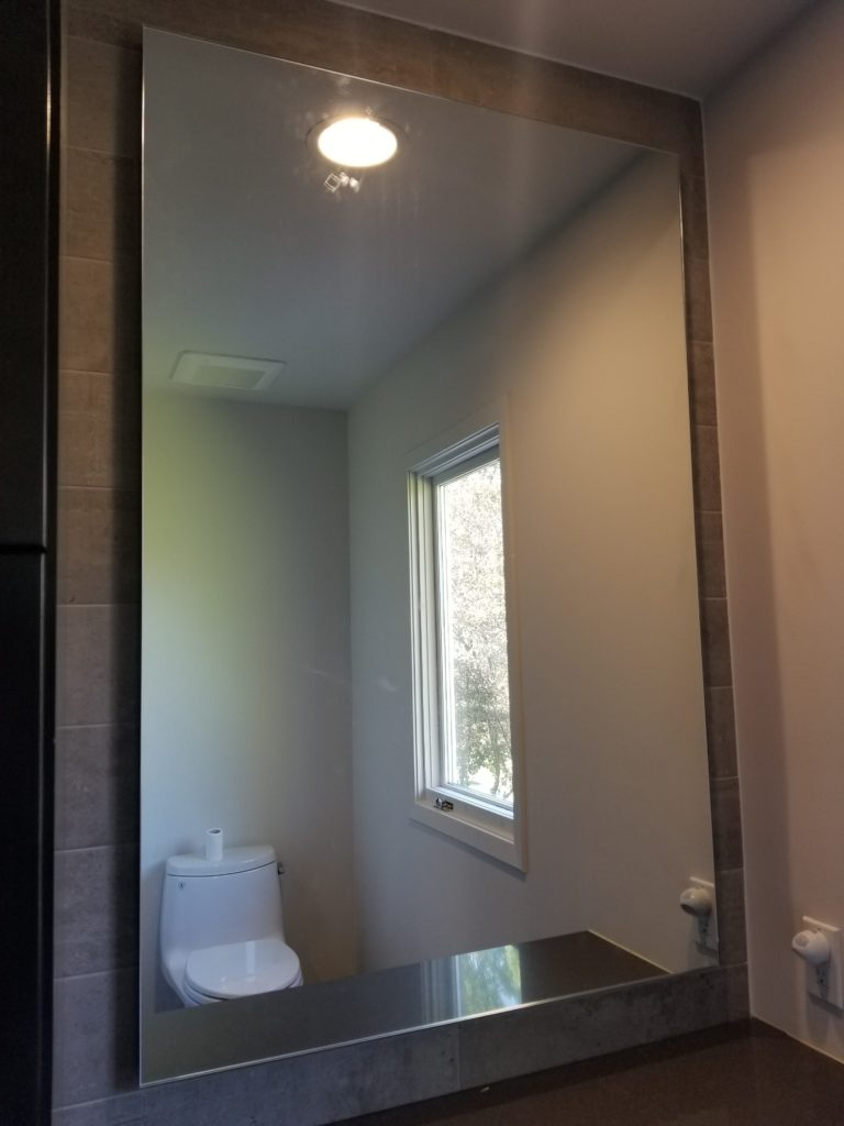 mirrors (8)